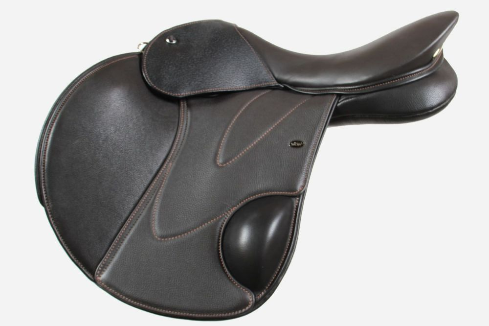 18 Inch Jumping Saddle With Moveable Blocks